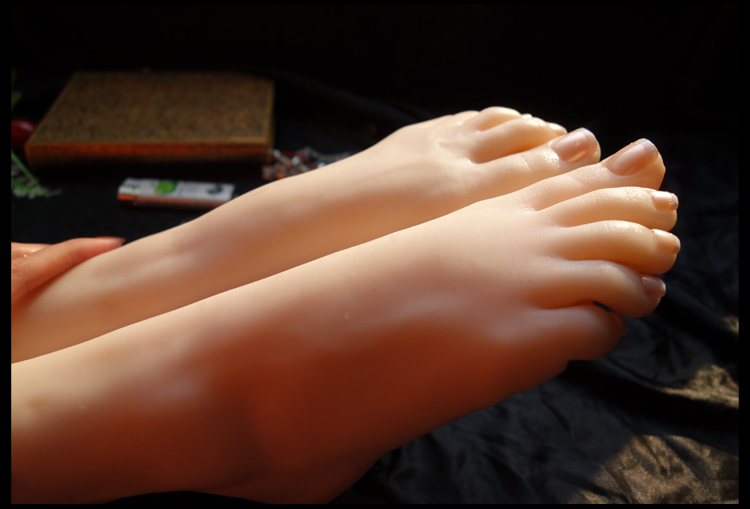 How can i become a foot fetish model